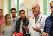 Siracusa| Calcio. Giocatori fanno visita ai bimbi di Pediatria