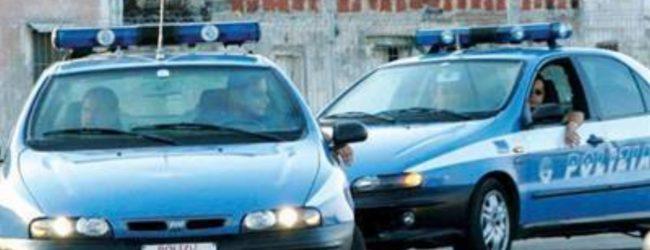 Siracusa| Voleva trafiggersi con un cacciavite. Bloccato dalla Volante