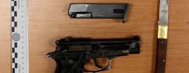 Lentini | Armi e munizioni in auto, giovane in manette