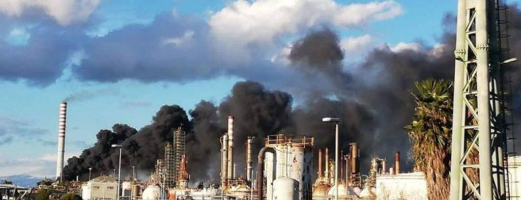 Priolo incendio versalis scatta nuova interrogazione all for Priolo arredamenti roma
