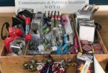 Noto| Antiabusivismo commerciale. Sequestrati 200 oggetti