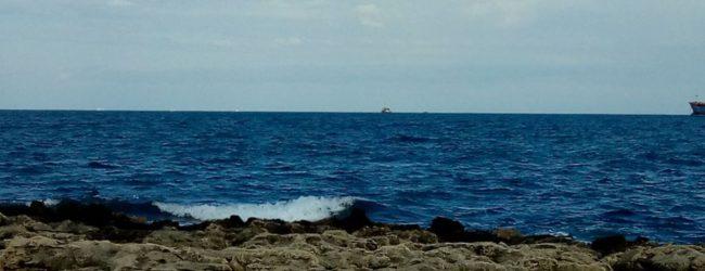 Siracusa  Sea Watch 3 al largo di S. Panagia, divieto di avvicinarsi