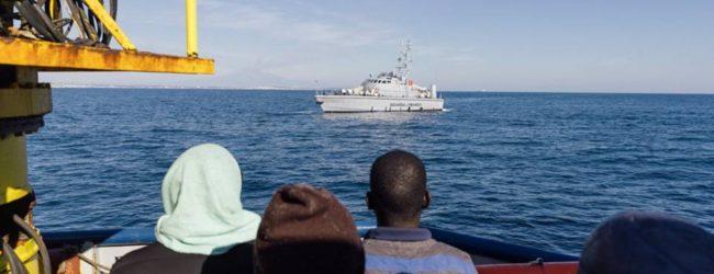 Siracusa  Nessun sequestro per la Sea Watch, il PD può salire a bordo