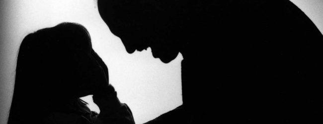 Avola  Vicino di casa violenta dodicenne con disagi psicofisici