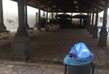 Augusta| Piazza Turati ancora in preda ai vandali con spazzatura a vista.