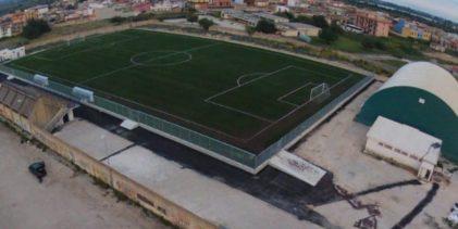 """Siracusa  Associazioni sportive cassibilesi in sit-in davanti al campo """"Ivan Tuccitto"""""""