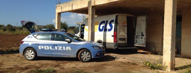 Noto| La Polizia di Stato rinviene un autocarro nei pressi di Noto
