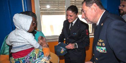 Siracusa  La Marina Militare in visita ai pazienti dell'Ospedale Umberto I
