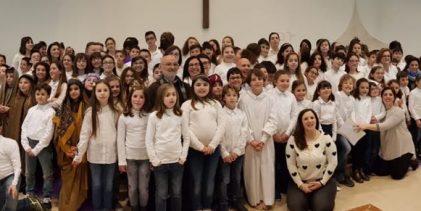 Augusta  Cristo Re: Via Crucis impersonata dai bambini del catechismo.