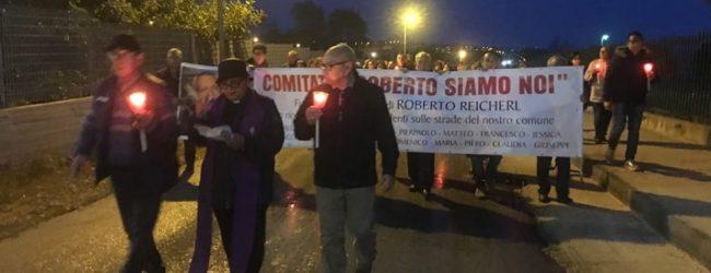 Augusta| Fiaccole accese e preghiera per le vittime della strada.