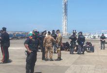 Augusta| Al pontile Nato della Marina militare sono sbarcati 36 migranti.
