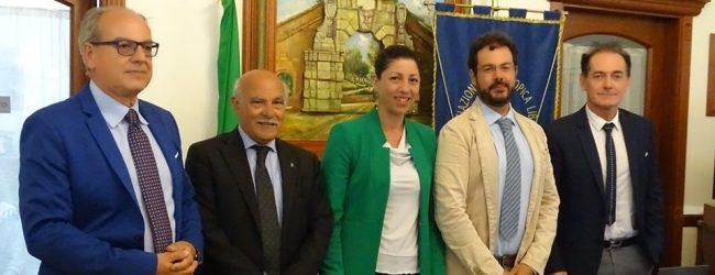 """Augusta   A cura del Cssma e dell'Umberto I conferenza """"Il Re nudo e i suoi fratelli""""."""