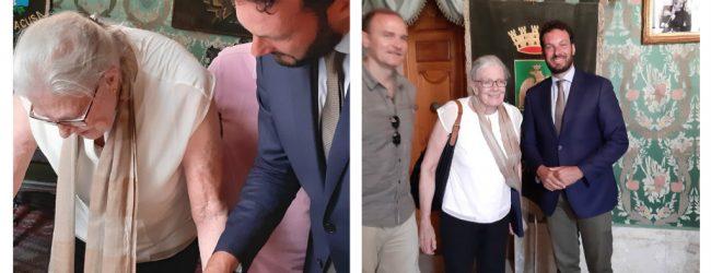 Siracusa  Il sindaco Italia riceve alla sala verde Vanessa Redgrave