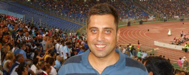 Rosolini  Gesto di cordoglio per la morte del giovane vice Brigadiere Mario Cerciello Rega