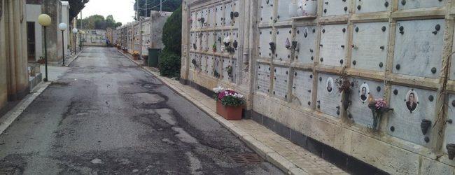 Siracusa  Avviso rinnovo concessioni loculi cimiteriali. Ritiro avviso pubblico