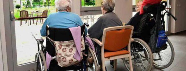 Siracusa  Scarse condizioni igieniche sanitarie e senza luce gli ospiti in una casa di riposo