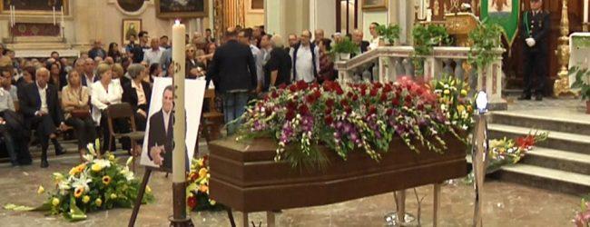 Augusta| La folla saluta il maestro Giordani: solenni funerali del grande tenore