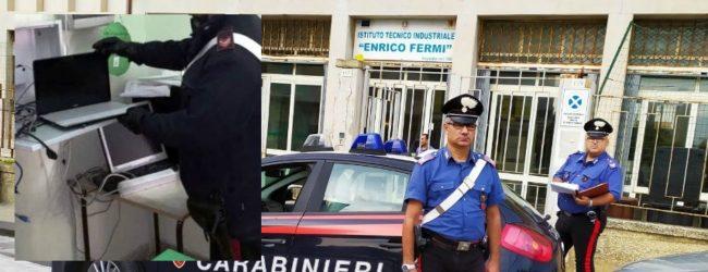 Siracusa  Rubati due monitor all'Istituto Fermi: Ritrovati e restituiti dai carabinieri