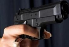 Siracusa| Rapina fallita in una gioielleria, il titolare blocca l'uscita