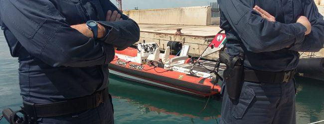 Augusta| La Capitaneria contro la pesca illegale nel porto: sequestro e sanzione