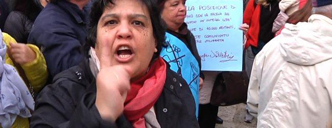 Augusta| La gente indignata ha protestato in piazza Duomo per avere l'acqua potabile<span class='video_title_tag'> -Video</span>