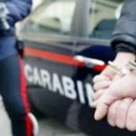 Priolo Gargallo| 20enne distrugge la mobilia della nonna e aggredisce i carabinieri