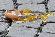 Siracusa  Lancio di uova contro mezzo della municipale