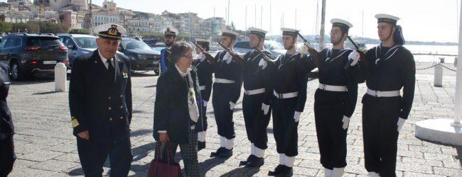 Siracusa  Il Prefetto Scaduto in visita alla Capitaneria di porto