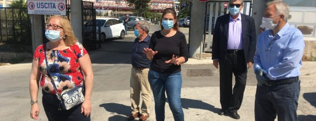 Augusta| Comitati e associazioni protestano per il Muscatello davanti all'ospedale
