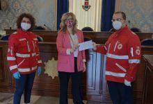 Avola| Mascherine e solidarietà: parte del ricavato devoluto alla Croce Rossa italiana del Comune