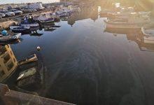 Siracusa| Idrocarburi all'interno del porto piccolo aretuseo