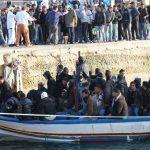 Lampedusa  Arrestati quattro tunisini sbarcati illegalmente sulle coste siciliane