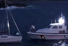 Augusta| Soccorso notturno di una barca a vela e sequestro rete da pesca