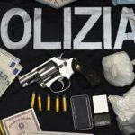 Lentini | Droga, armi, munizioni e denaro in un casolare, arrestato lentinese di 37 anni