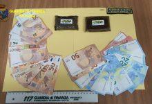 Rosolini| Sequestrati 2 panetti di hashish e piu' di 1000 euro in contanti a un marocchino