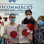 Siracusa| Giornata contro la violenza sulle donne: un fiore sospeso per dire no