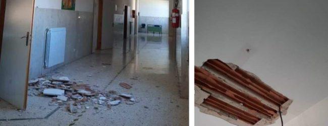 """Cassibile  Cedimento intonaco tetto scuola, Cgil: """"Evento increscioso, menomale che è successo di notte"""""""