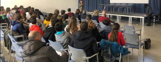 Siracusa  Scambio di auguri di Natale all'Urban Center: le istituzioni vicino alle scuole