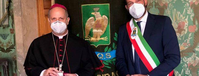 Siracusa  L'arcivescovo Lomanto incontra Italia per la prima volta a palazzo Vermexio