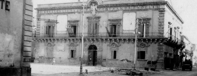 """Augusta   Memoria cittadina: """"Luoghi e segni della memoria"""" e """"Piazza 13 maggio 1943"""""""