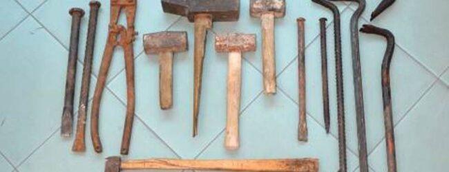 Siracusa e Provincia | Furto e porto di oggetti atti a offendere: in carcere due uomini