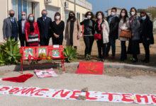 Augusta | Panchine rosse nelle scuole contro il femminicidio