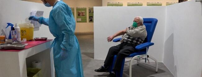 Sicilia   Covid, la Regione crea altri 17 hub di vaccinazione