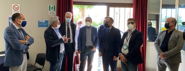Melilli | Sopralluogo del sindaco Carta all'Hub vaccinale del polo industriale