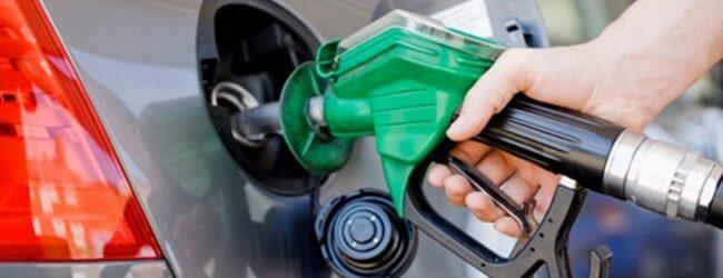 Noto | Si finge benzinaio per sottrarre la carta bancomat ed il relativo codice pin ad un turista