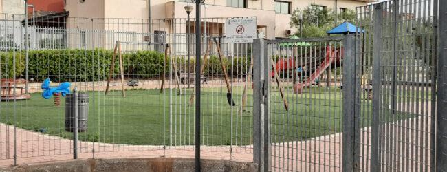 Carlentini | Nicastro e Raudino sollecitano la riapertura del parco giochi di Pedagaggi