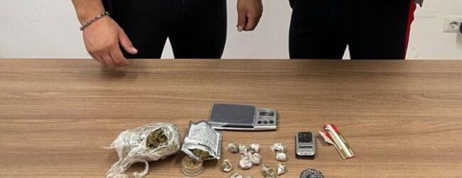 """Augusta   Arrestato venditore ambulante che """"arrotondava"""" spacciando marijuana"""