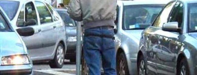 Siracusa | Sanzionati parcheggiatori abusivi in zona Neapolis