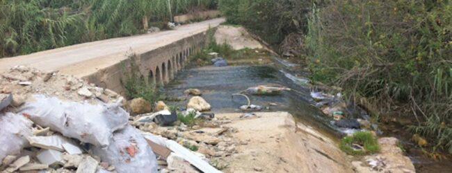 Noto   Scarichi fognari e discariche a cielo aperto lungo il fiume Asinaro: cinque denunciati