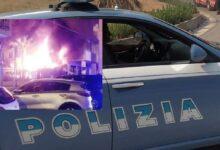 Siracusa | Incendio in via Tisia: 4 agenti della polizia intossicati dai fumi, residenti salvi